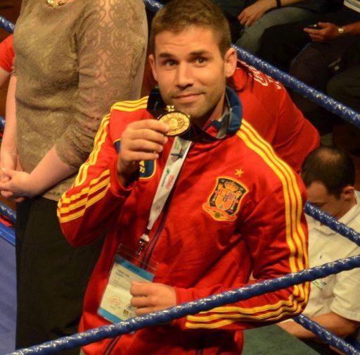 campeón boxeo inspector policía nacional