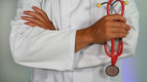 exclusiones médicas en la oposición a policía nacional